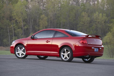 You'd be hard-pressed to put a Pontiac G5