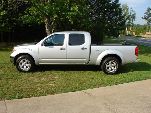 Review 2009 Nissan Frontier 4x2 Crew Cab Se The Truth About Cars