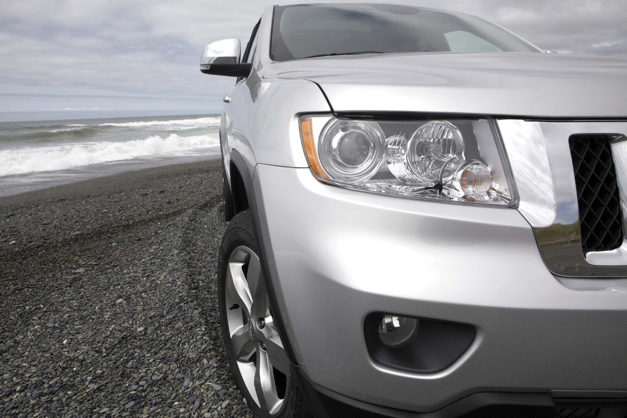 review 2011 jeep grand cherokee take two the truth about cars. Black Bedroom Furniture Sets. Home Design Ideas