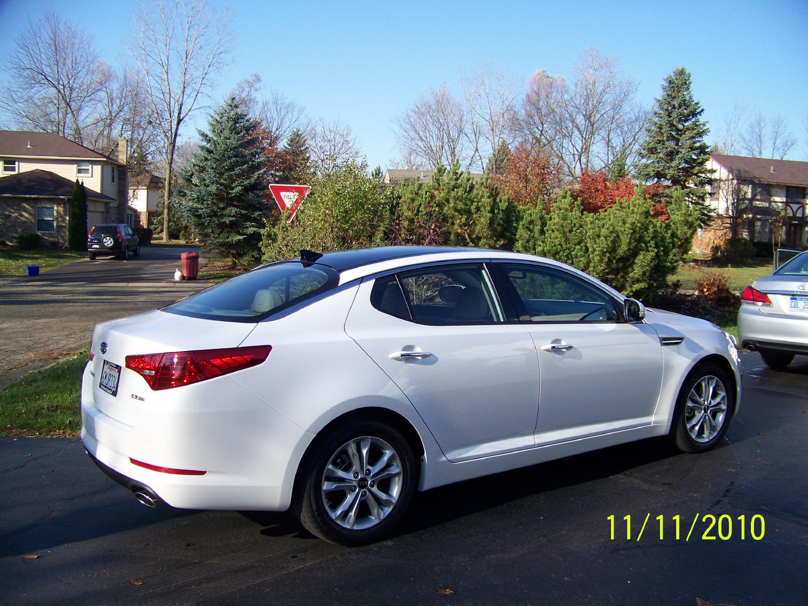 review 2011 kia optima ex the truth about cars. Black Bedroom Furniture Sets. Home Design Ideas