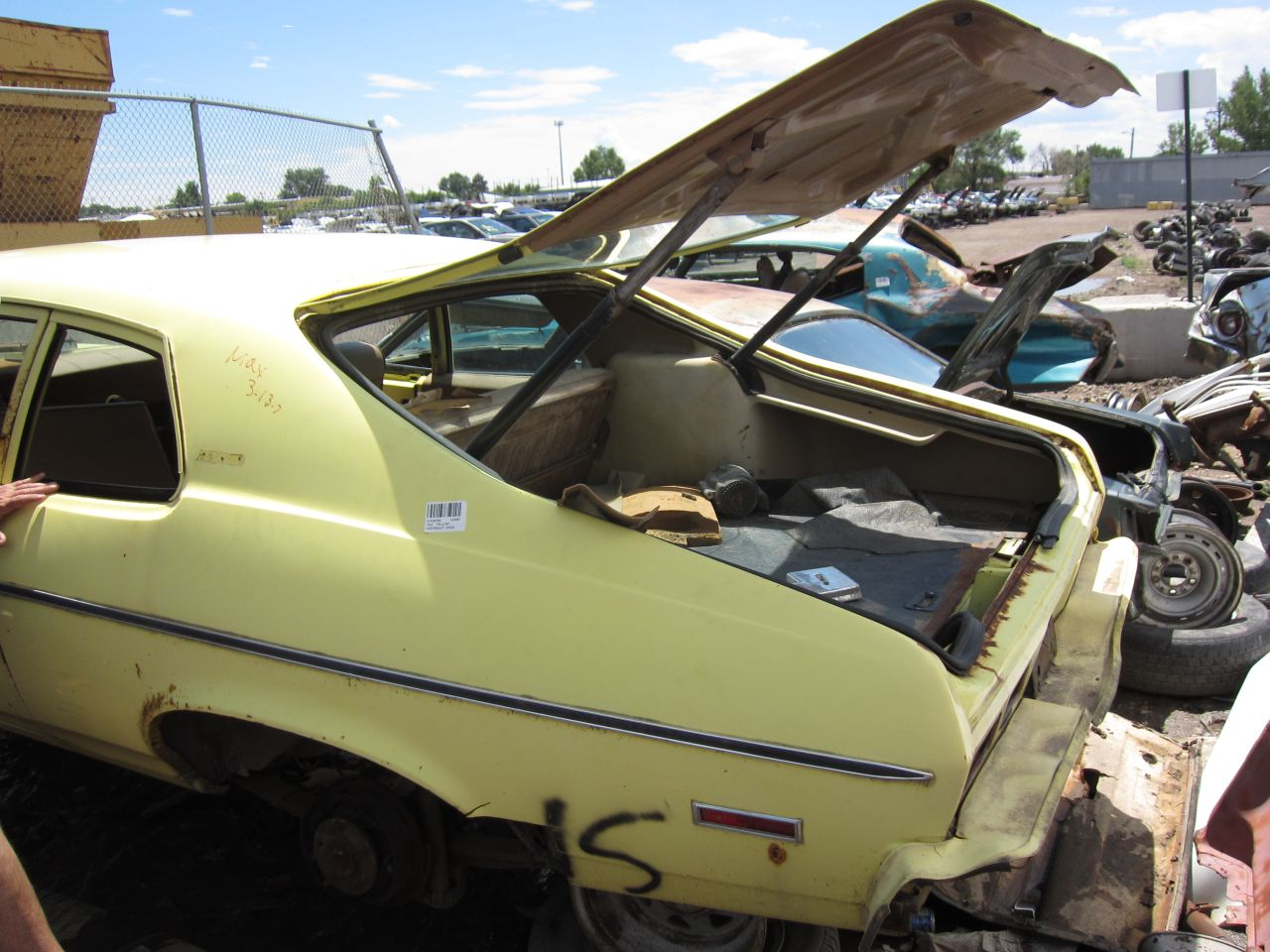 79 as well Drag Race Car Wiring Diagram together with History Dodge Challenger further Index2 besides Mopar A Body Exhaust Manifolds 1972 74 Dart Duster Small Block 318 340. on 1972 duster engine