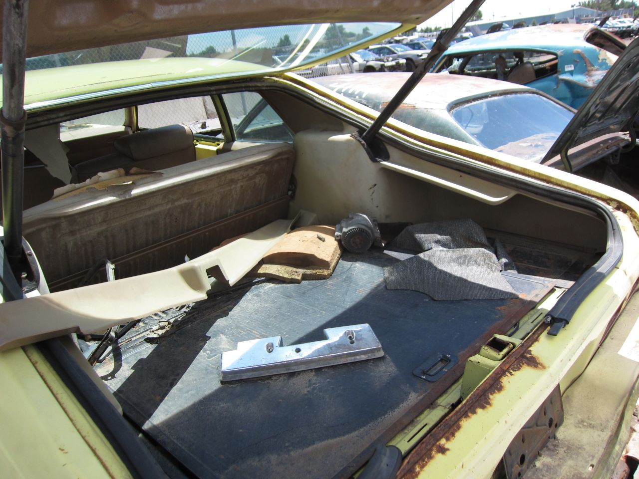 Junkyard Find: 1973 Chevrolet Nova Hatchback - The Truth About Cars