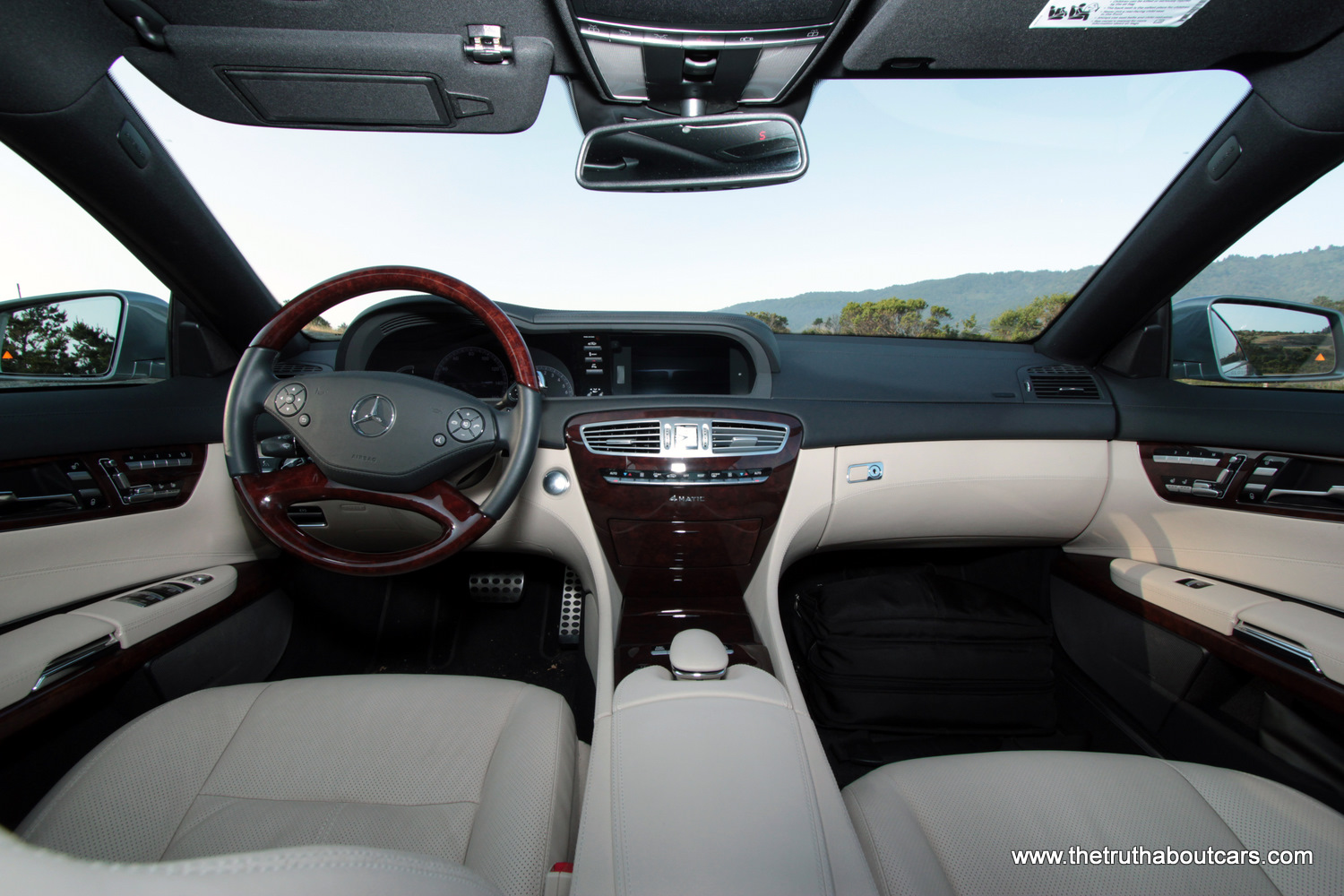 review 2011 mercedes cl550 4matic the truth about cars. Black Bedroom Furniture Sets. Home Design Ideas