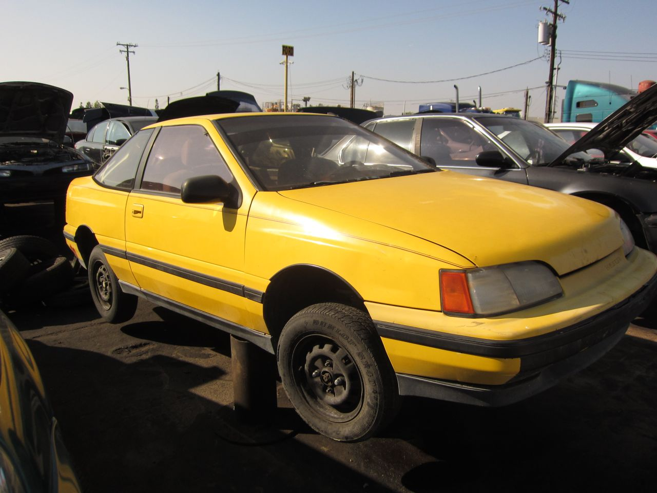 junkyard find 1991 hyundai scoupe the truth about cars. Black Bedroom Furniture Sets. Home Design Ideas
