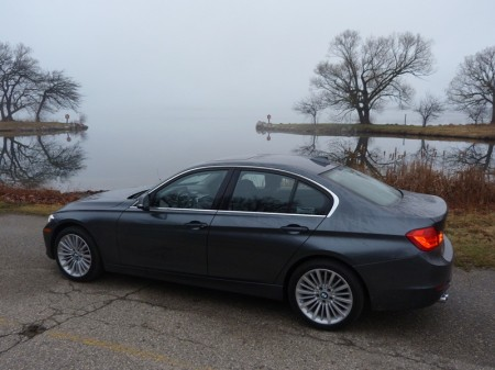 328i rear quarter lake, photo courtesy Michael Karesh