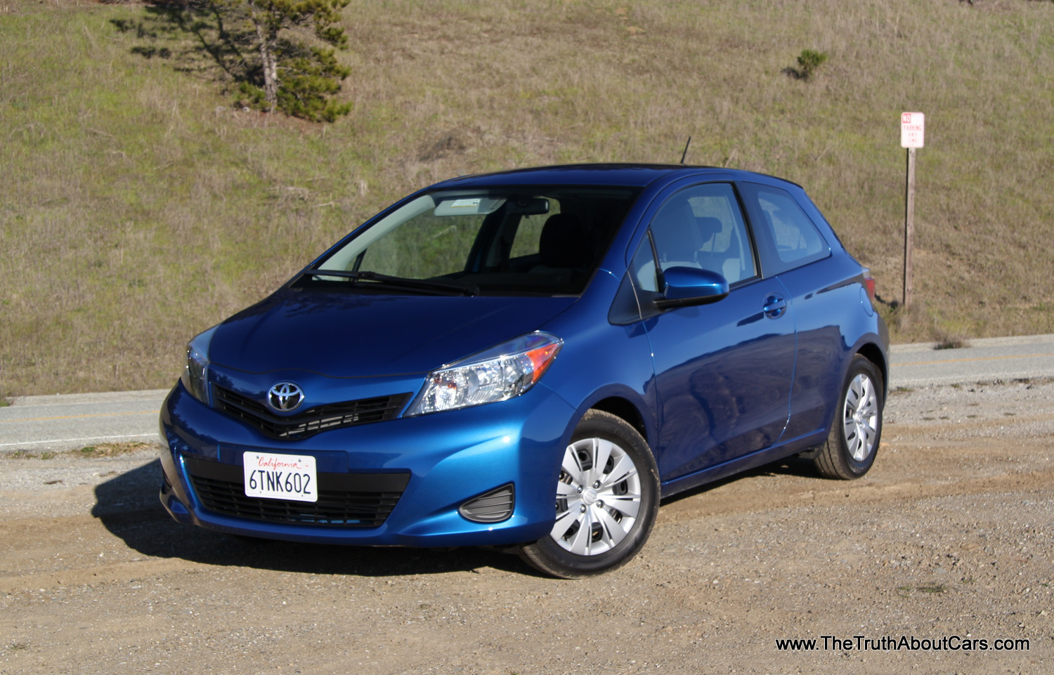 review 2012 toyota yaris 3 door the truth about cars. Black Bedroom Furniture Sets. Home Design Ideas