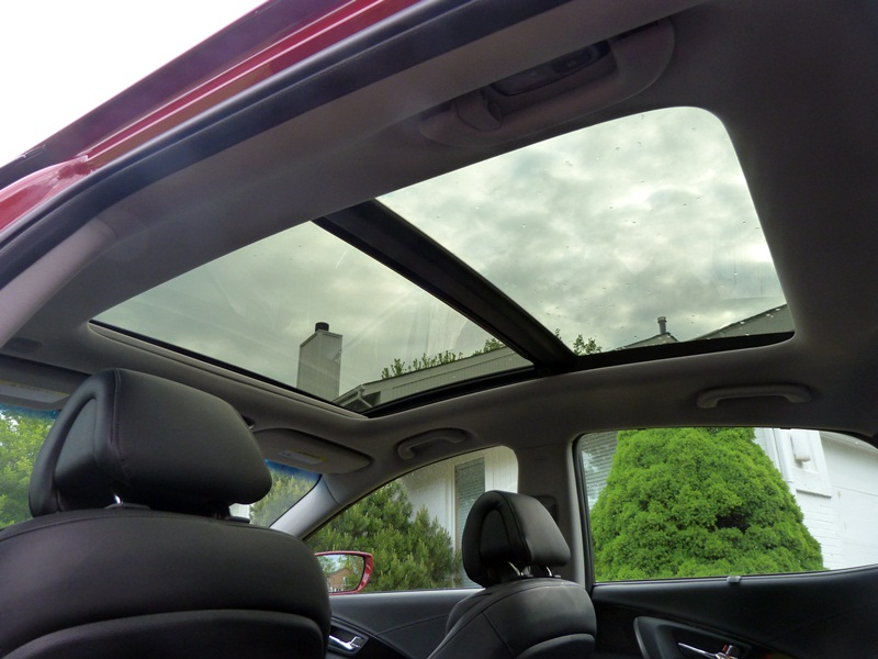 azera panoramic sunroof photo courtesy michael karesh the truth about cars. Black Bedroom Furniture Sets. Home Design Ideas
