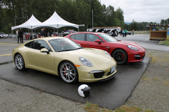 review 2013 porsche 911 carrera s track and field the. Black Bedroom Furniture Sets. Home Design Ideas