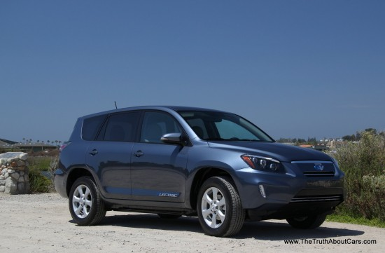 2013 Toyota RAV4 EV, Exterior, Photography Courtesy of Alex L. Dykes