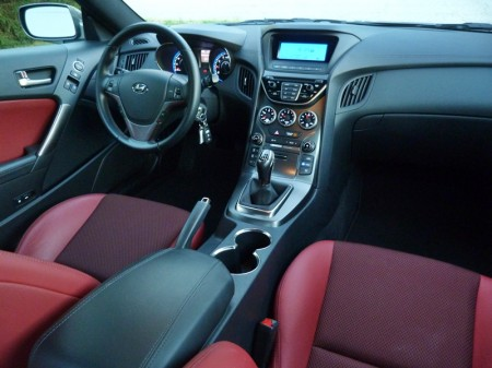 Gen Coupe interior, picture by Michael Karesh