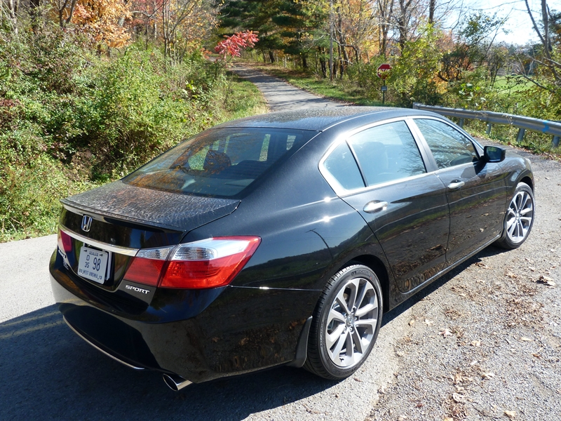 comparison review 2013 honda accord sport vs 2013 ford fusion se the truth about cars. Black Bedroom Furniture Sets. Home Design Ideas