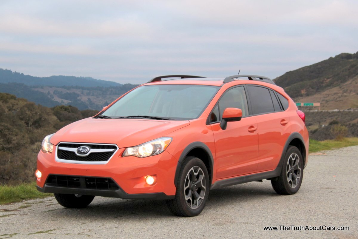 2013 subaru xv crosstrek, exterior, front 3/4, picture courtesy of