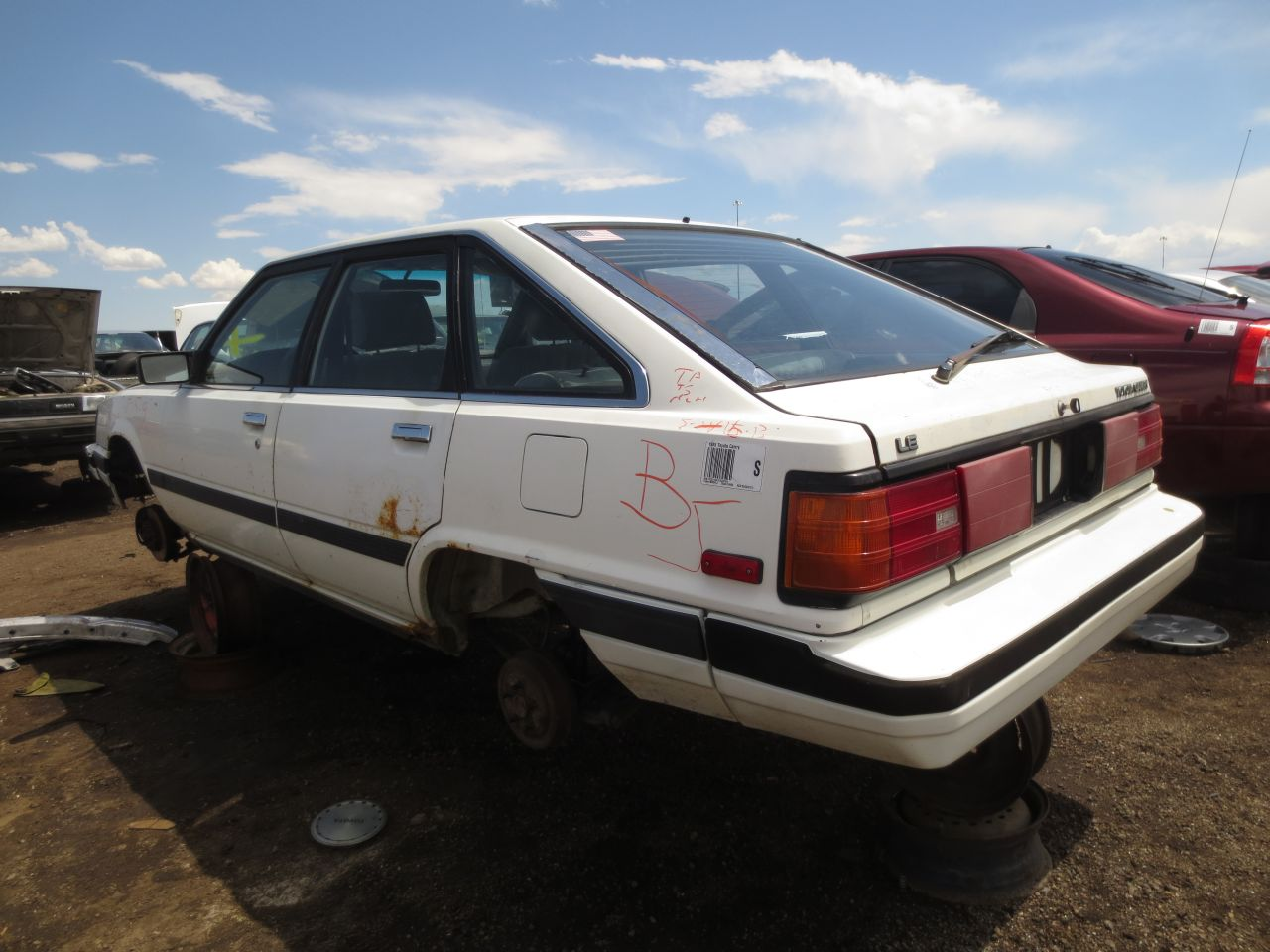 Junkyard Find 1985 Toyota Camry Le Liftback The Truth