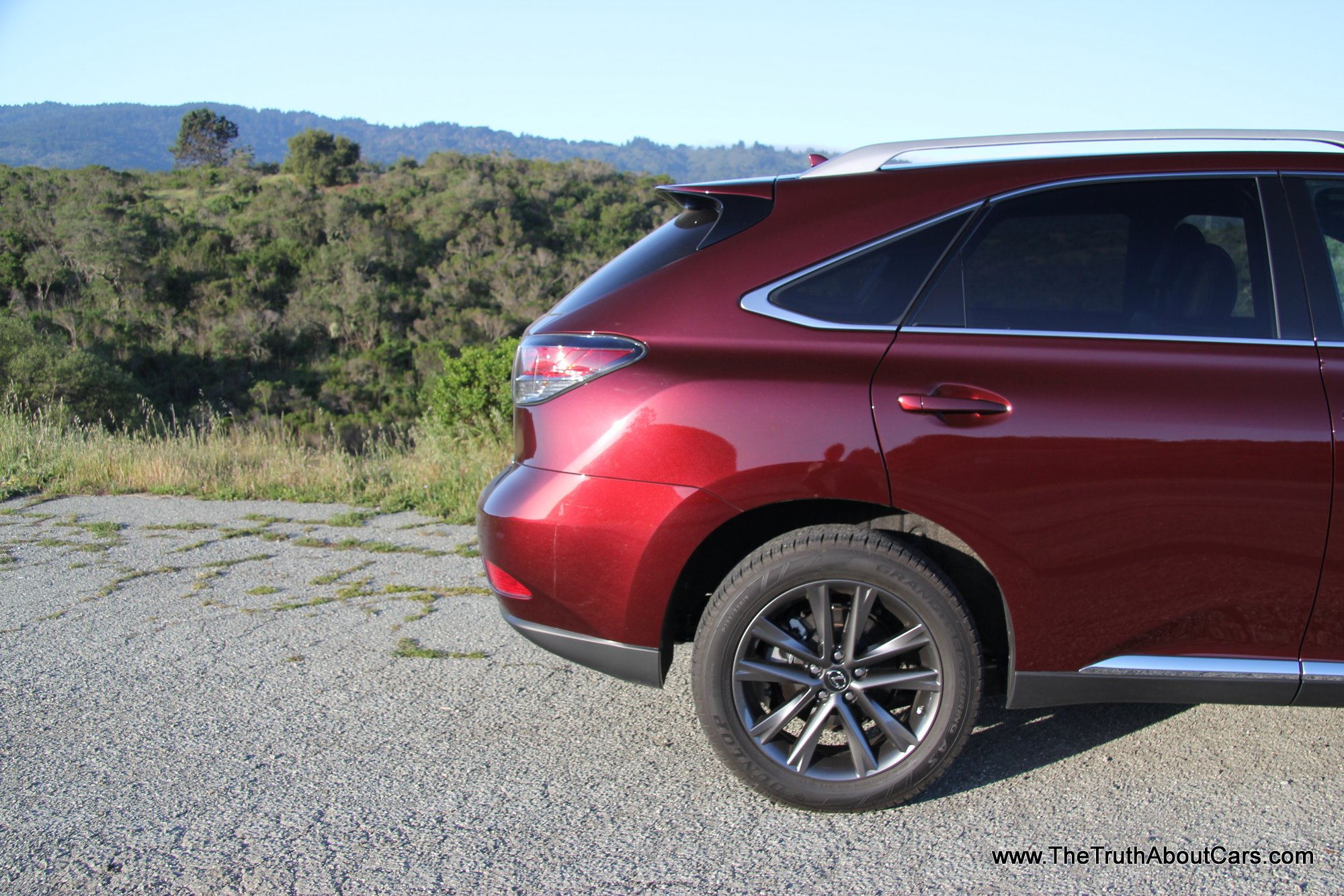 review 2013 lexus rx 350 f sport video the truth autos post. Black Bedroom Furniture Sets. Home Design Ideas