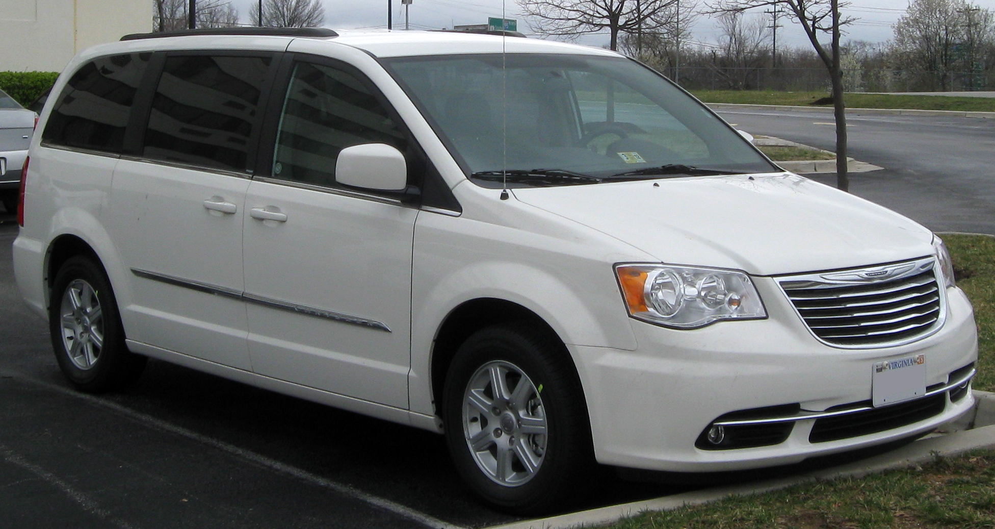 latest rumors out of windsor point to dodge grand caravan 39 s demise the truth about cars. Black Bedroom Furniture Sets. Home Design Ideas