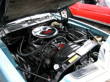1970ChevroletCamaroZ28-engine