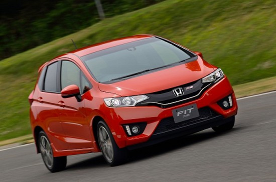 2014-honda-jazz-2015-honda-fit-photo-gallery-medium_17