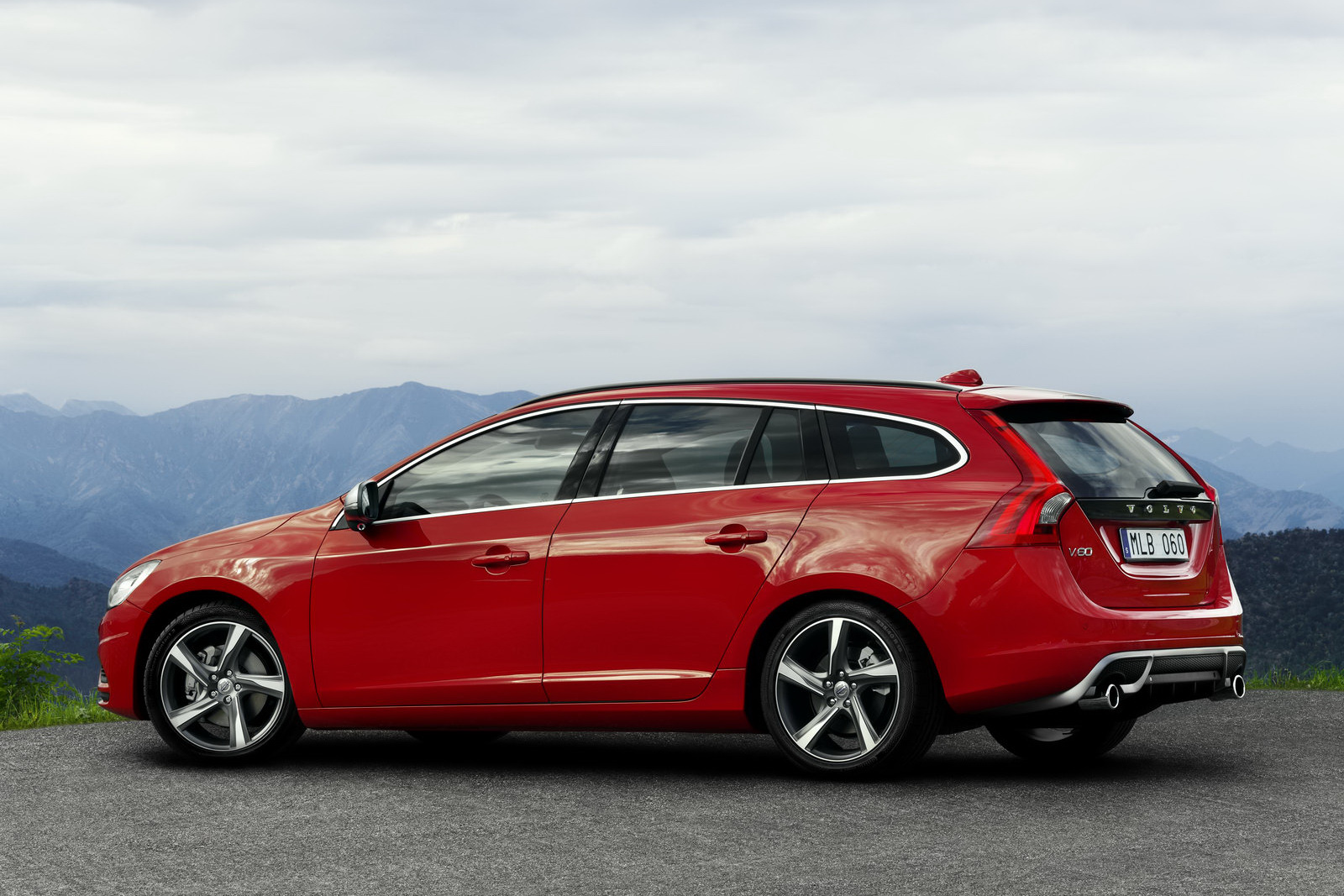 volvo v60 Archives - The Truth About Cars