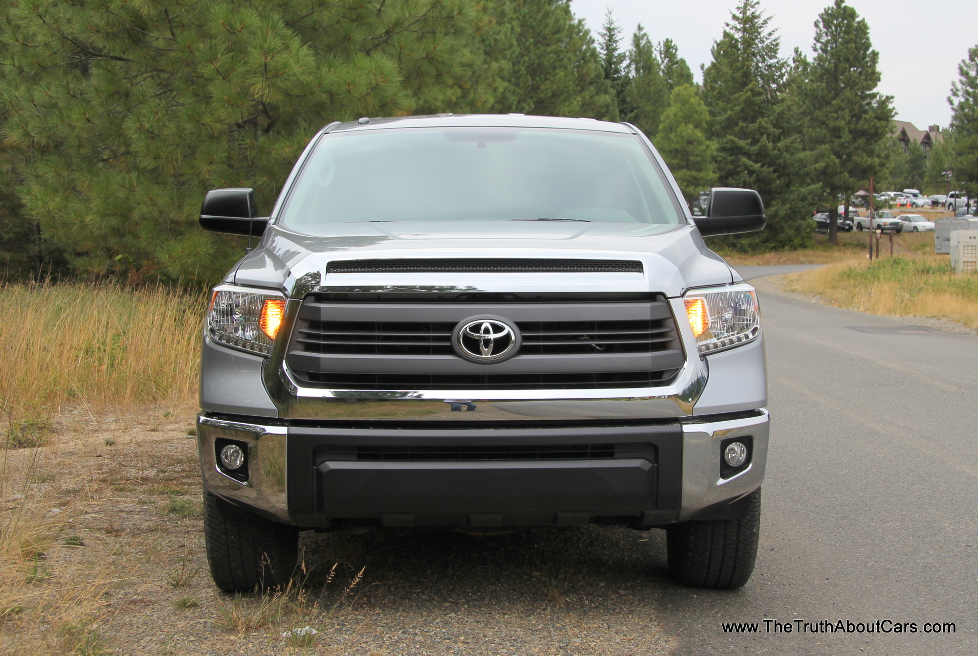 pre production review 2014 toyota tundra with video. Black Bedroom Furniture Sets. Home Design Ideas