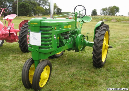 1940 John Deere Model H. Full gallery here.