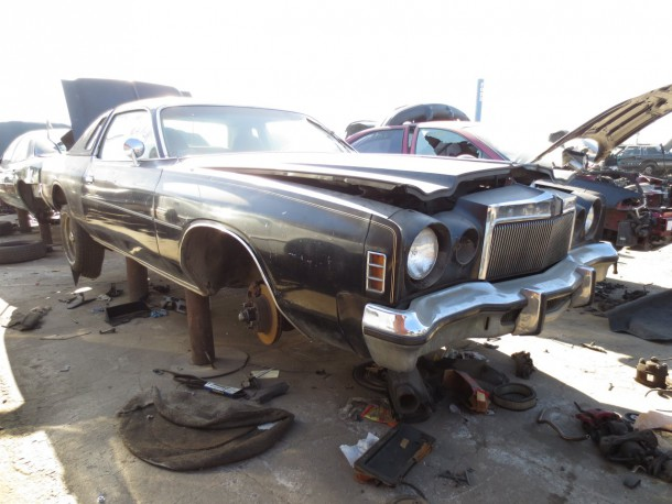 1976 Chrysler Cordoba in a junkyard, Image: © 2014 Murilee Martin/The Truth About Cars