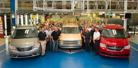 30th_Anniversary_Minivan_Windsor_Assembly_Plant