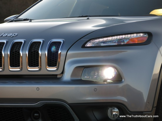 2014 Jeep Cherokee Limited V6 Exterior-013