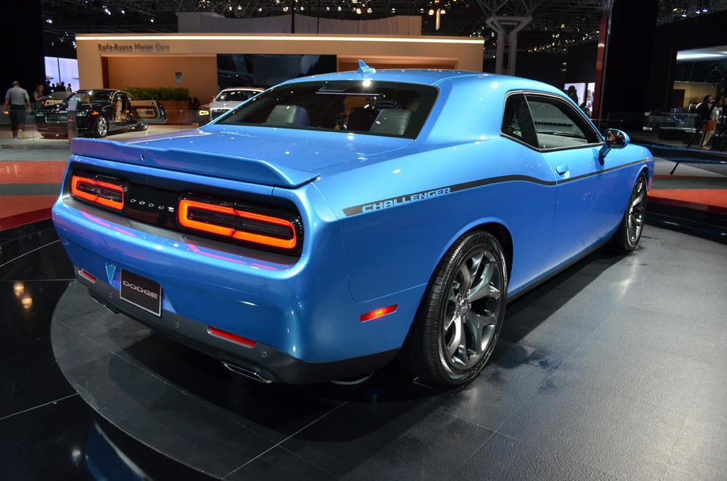 new york 2014 2015 dodge challenger debuts the truth about cars. Black Bedroom Furniture Sets. Home Design Ideas