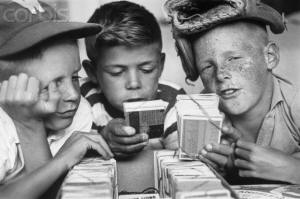kids-collecting-cards