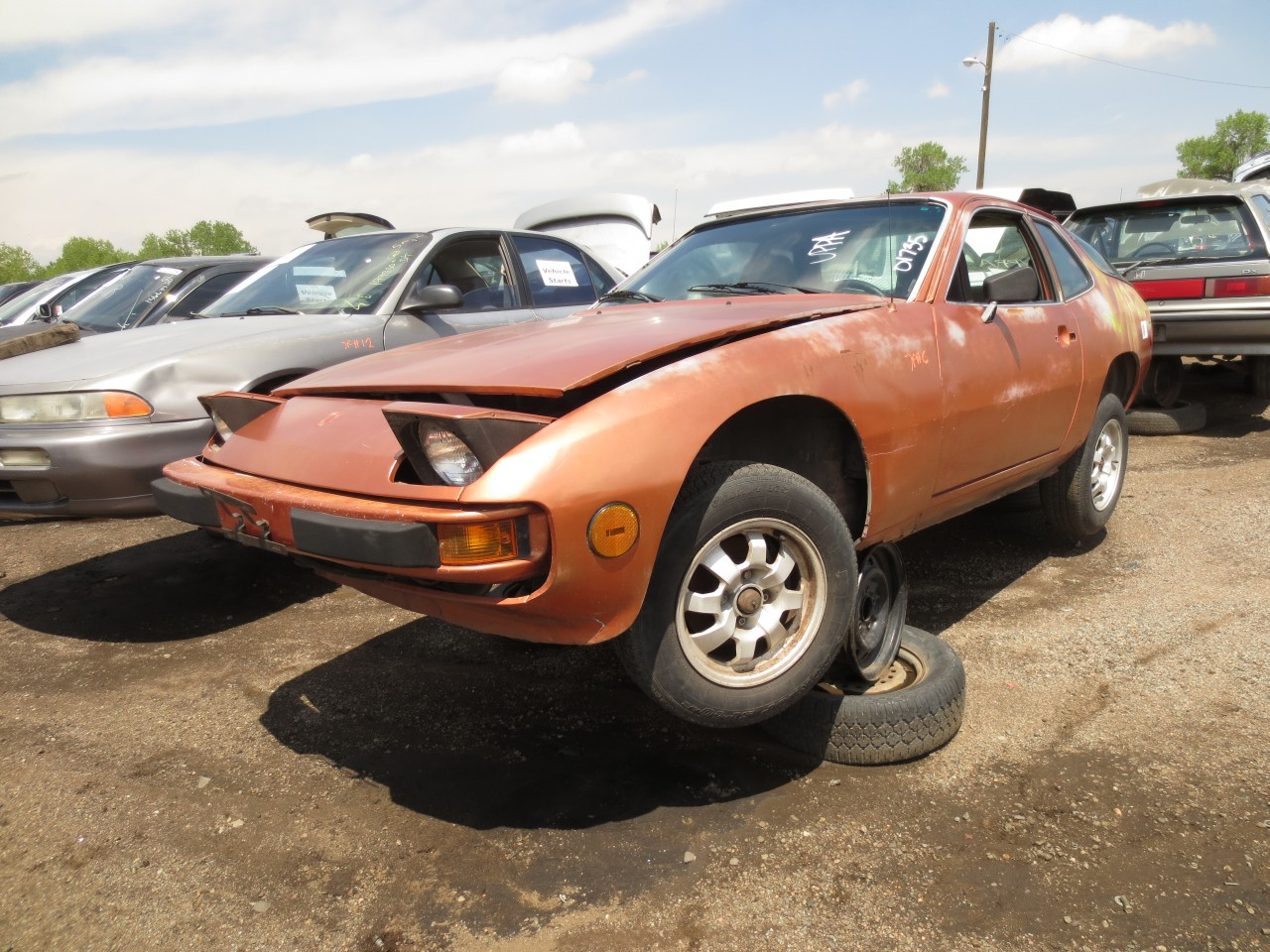 junkyard find 1978 porsche 924 the truth about cars. Black Bedroom Furniture Sets. Home Design Ideas
