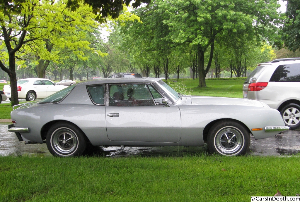 Avanti - The Car Too Striking To Die With Studebaker - The Truth ...
