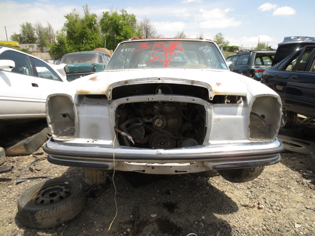 Junkyard find 1971 mercedes benz 250c the truth about cars for Mercedes benz junk yards
