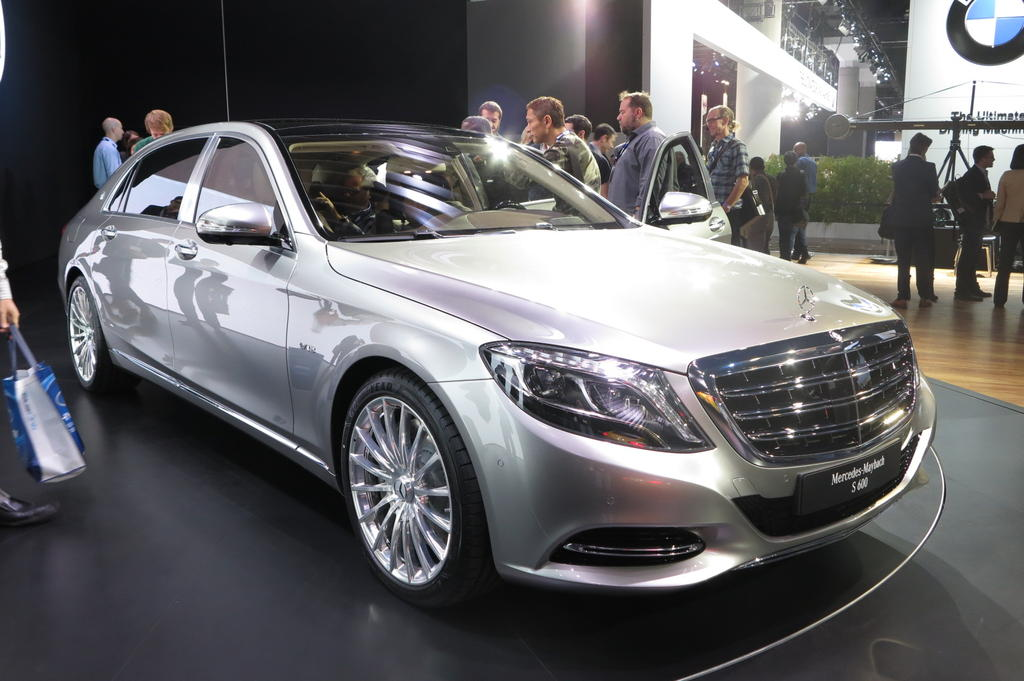 Los Angeles 2014 Mercedes Maybach S600 Bows The Truth