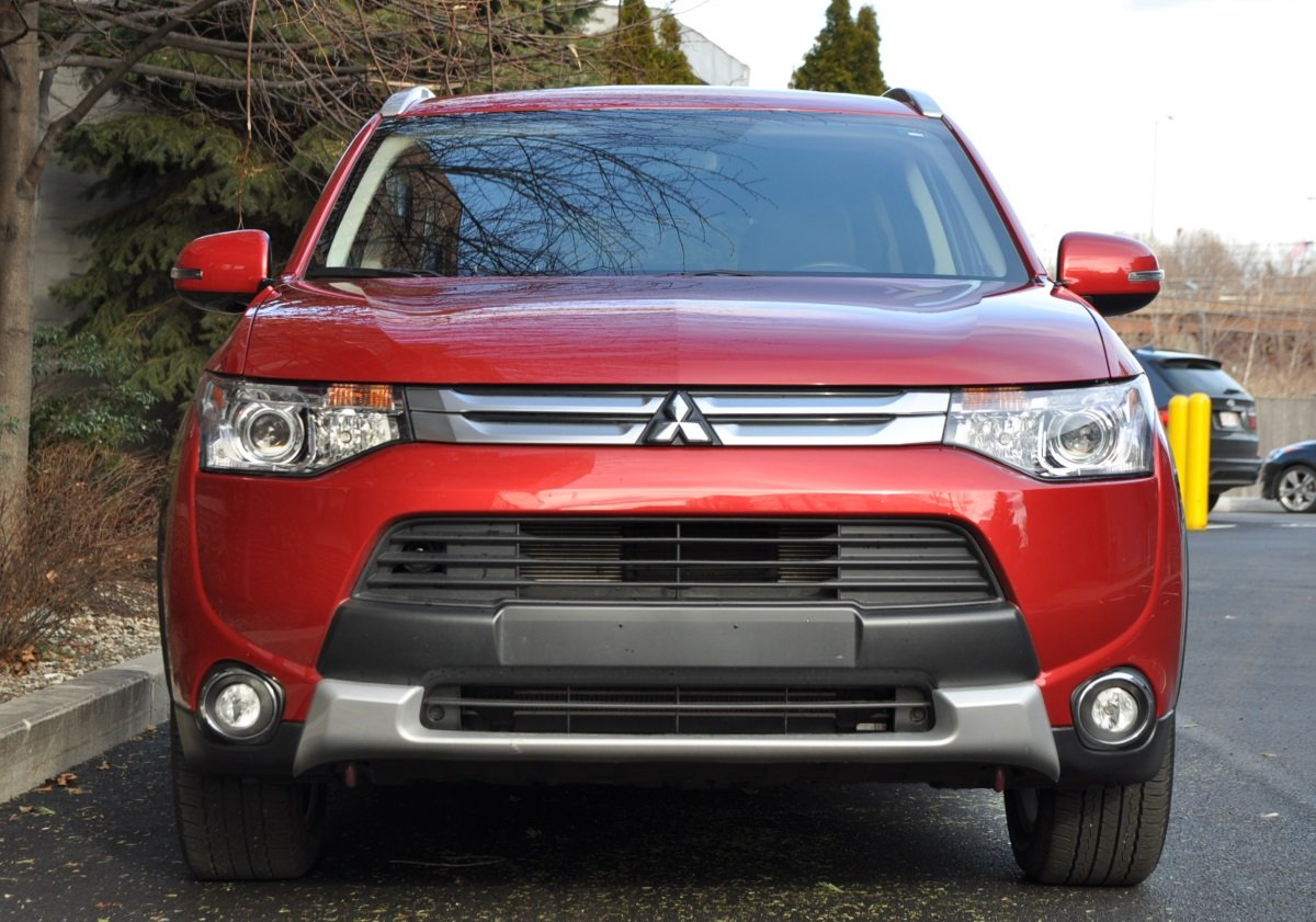Capsule Review: 2015 Mitsubishi Outlander 3 0 GT S-AWC - The Truth