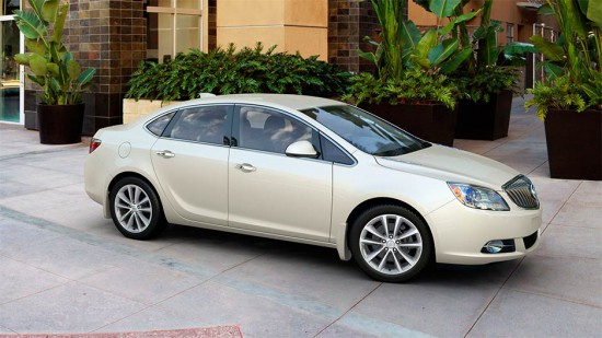 2015-buick-verano-model-overview-exterior-938x528-splash-guards_2