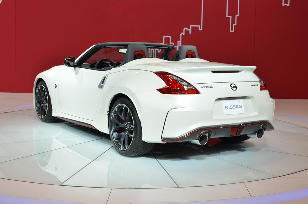 Chicago 2015 Nissan 370z Nismo Roadster Concept Bows