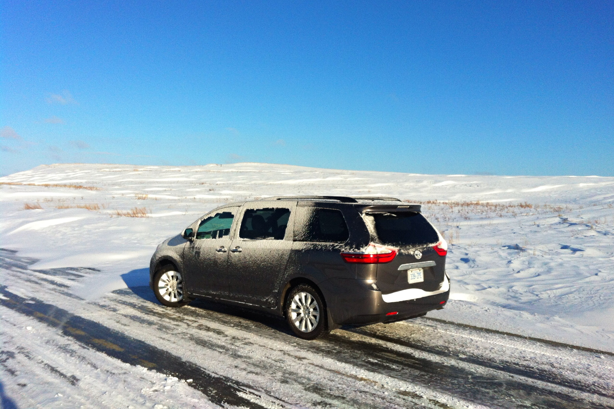 2015 Toyota Sienna AWD Winter