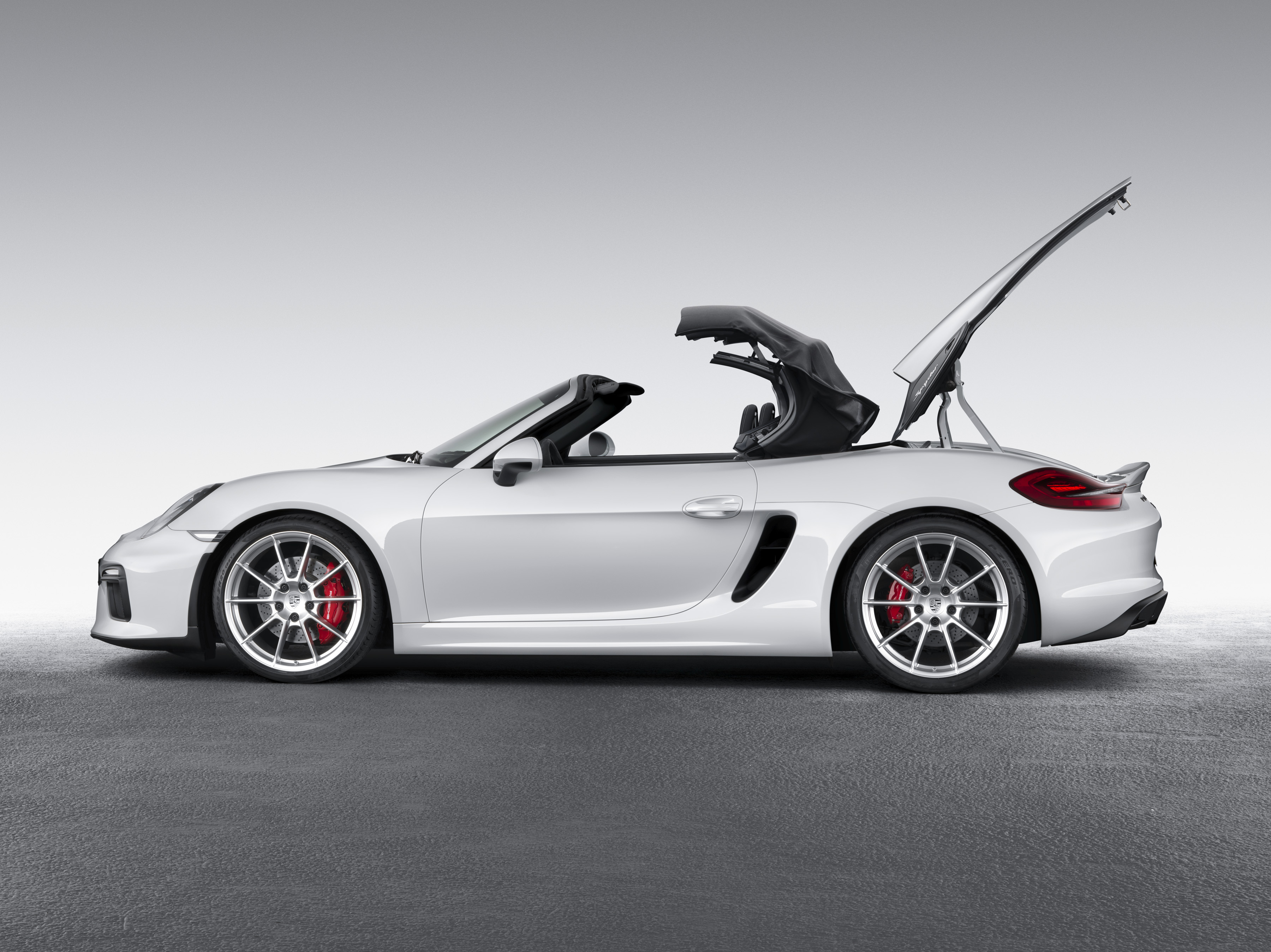 new york 2015 2016 porsche boxster spyder debuts the truth about cars. Black Bedroom Furniture Sets. Home Design Ideas