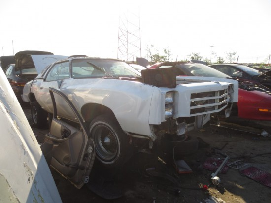 08 - 1976 Chevrolet Monte Carlo Down On the Junkyard - Pictures courtesy of Murilee Martin