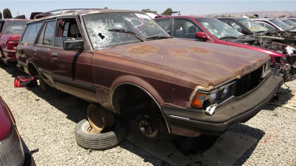 27 - 1983 Toyota Cressida Junkyard Find - picture courtesy of Murilee Martin