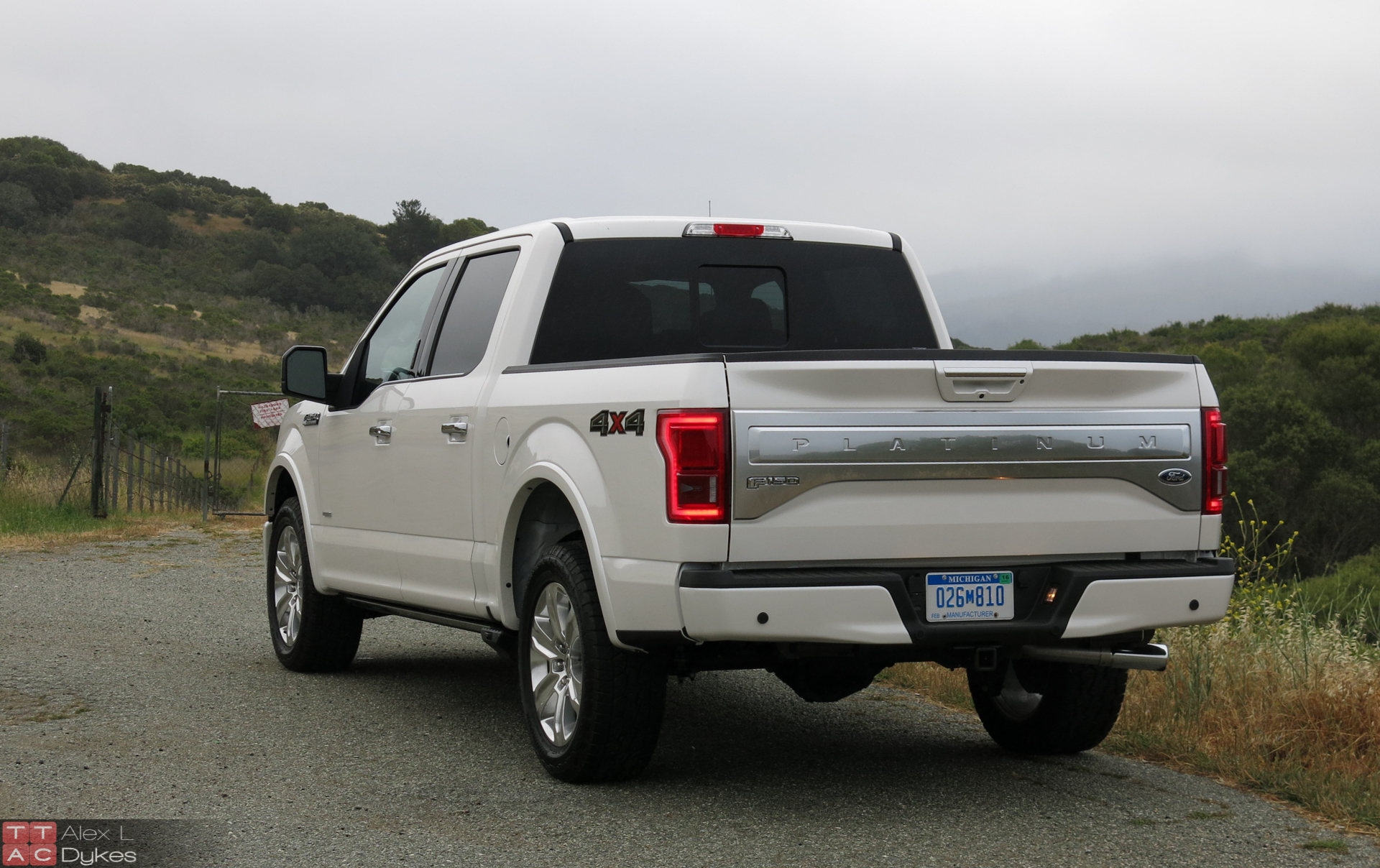 2015 ford f 150 platinum 4x4 3 5l ecoboost review with video. Black Bedroom Furniture Sets. Home Design Ideas