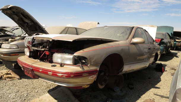13 - 1996 Chevrolet Caprice Classic in California junkyard - photo by Murilee Martin