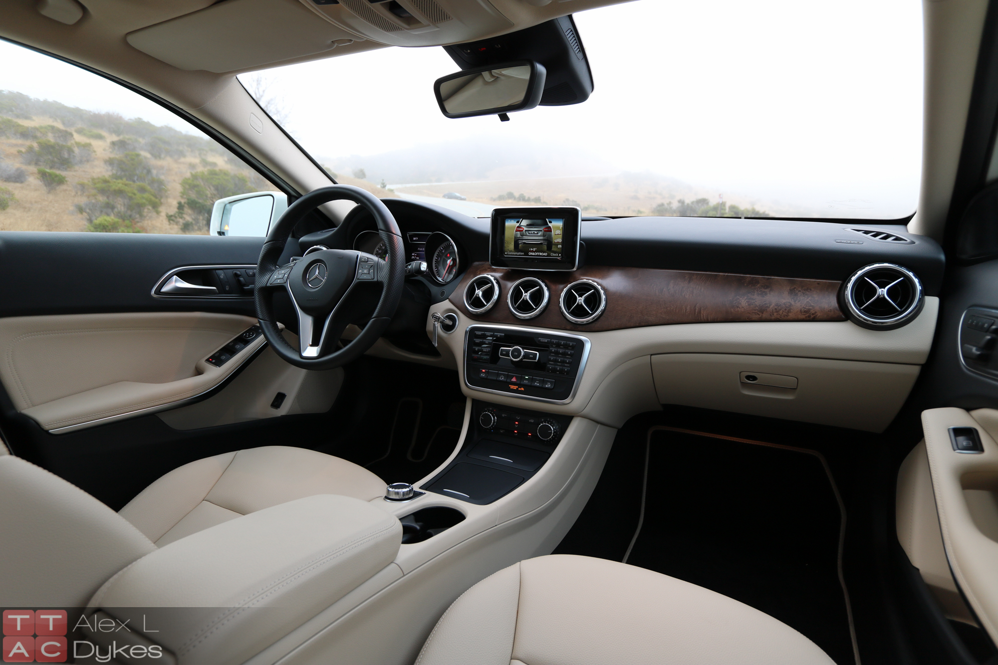 2016 Mercedes Gla 250 Interior 007