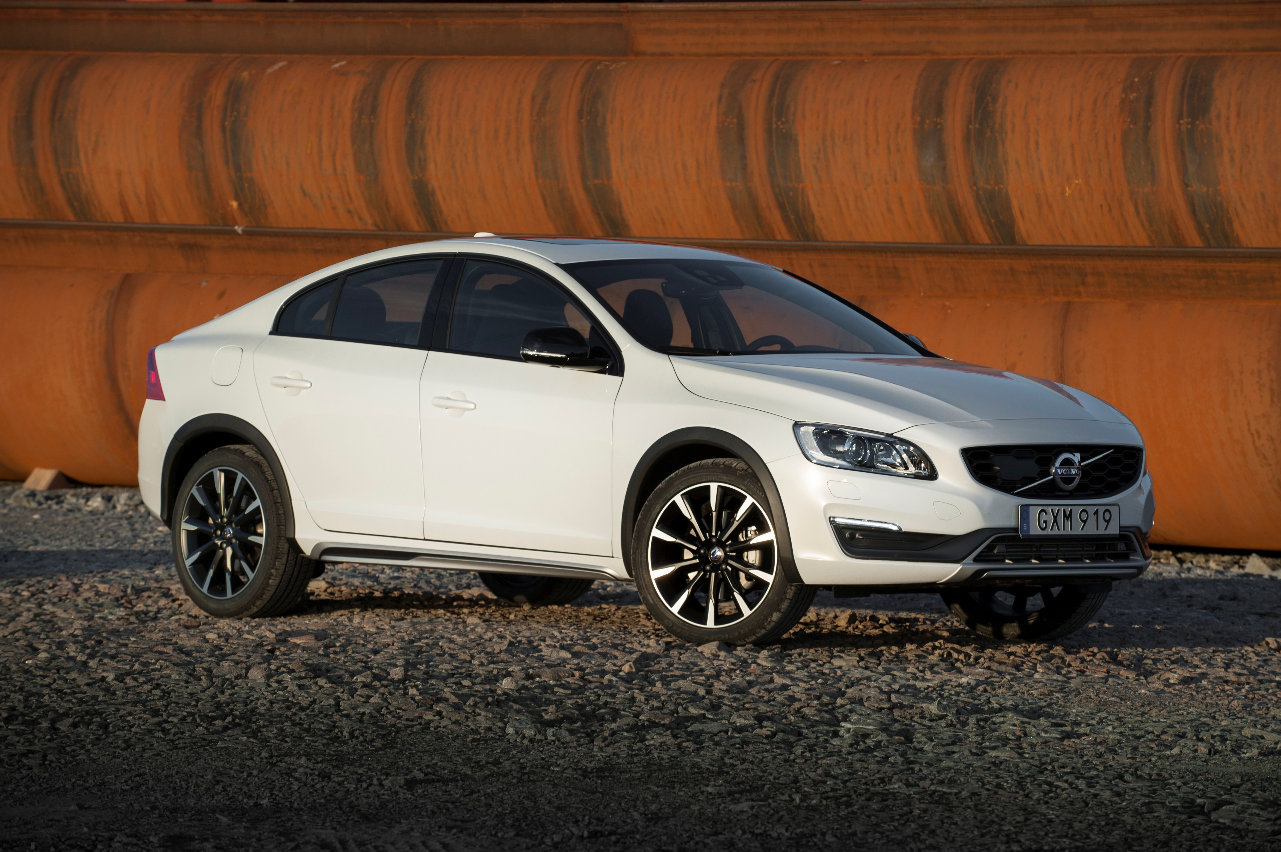 Volvo S Cross Country Model Year