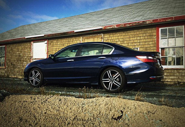 2016 honda accord touring review by the numbers. Black Bedroom Furniture Sets. Home Design Ideas