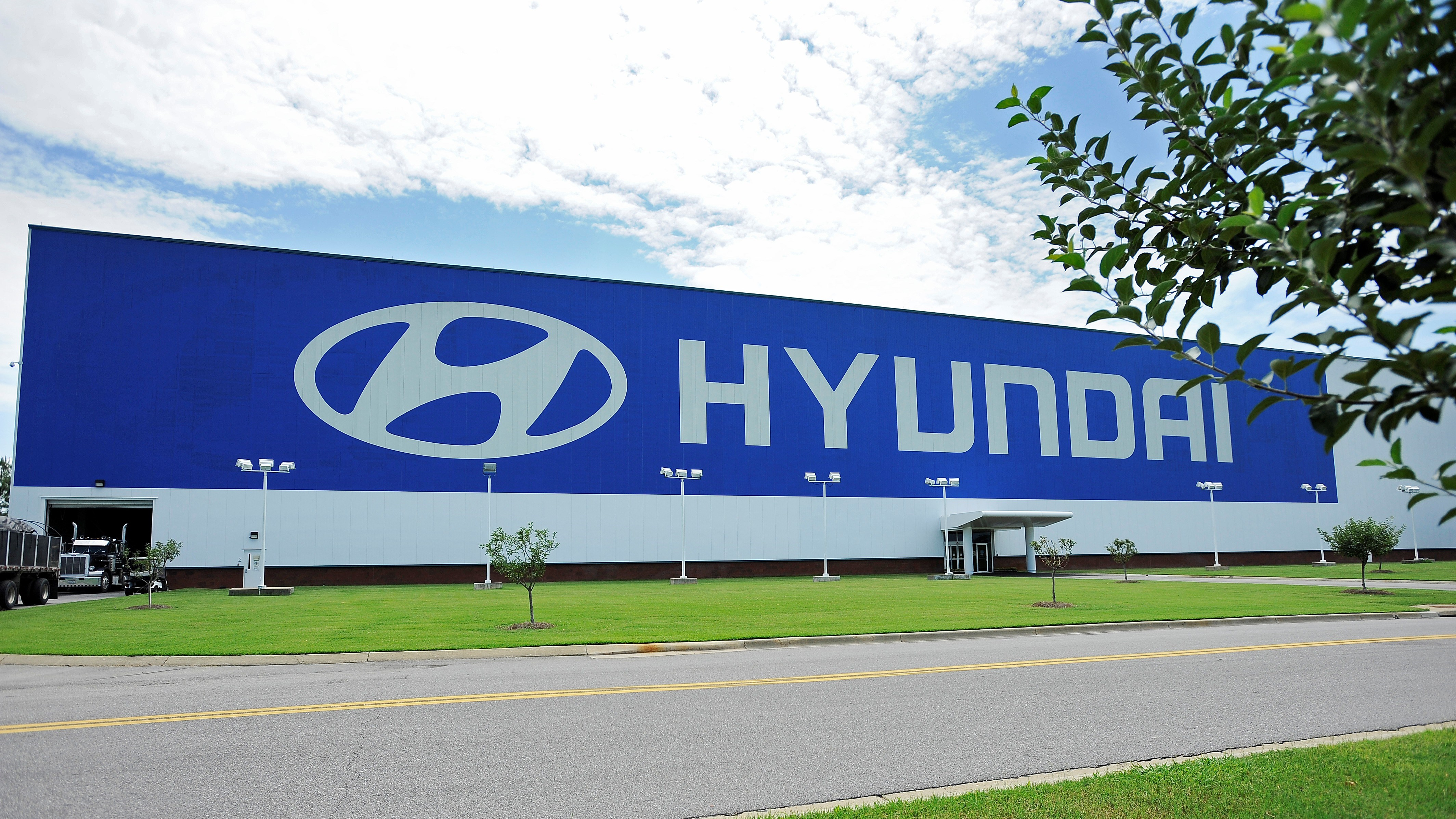 Ttac news round up gm plans to sell you things inside for Hyundai motor manufacturing alabama