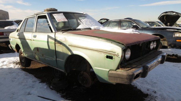 00 - 1978 Datsun 510 sedan in Colorado junkyard - photo by Murilee Martin