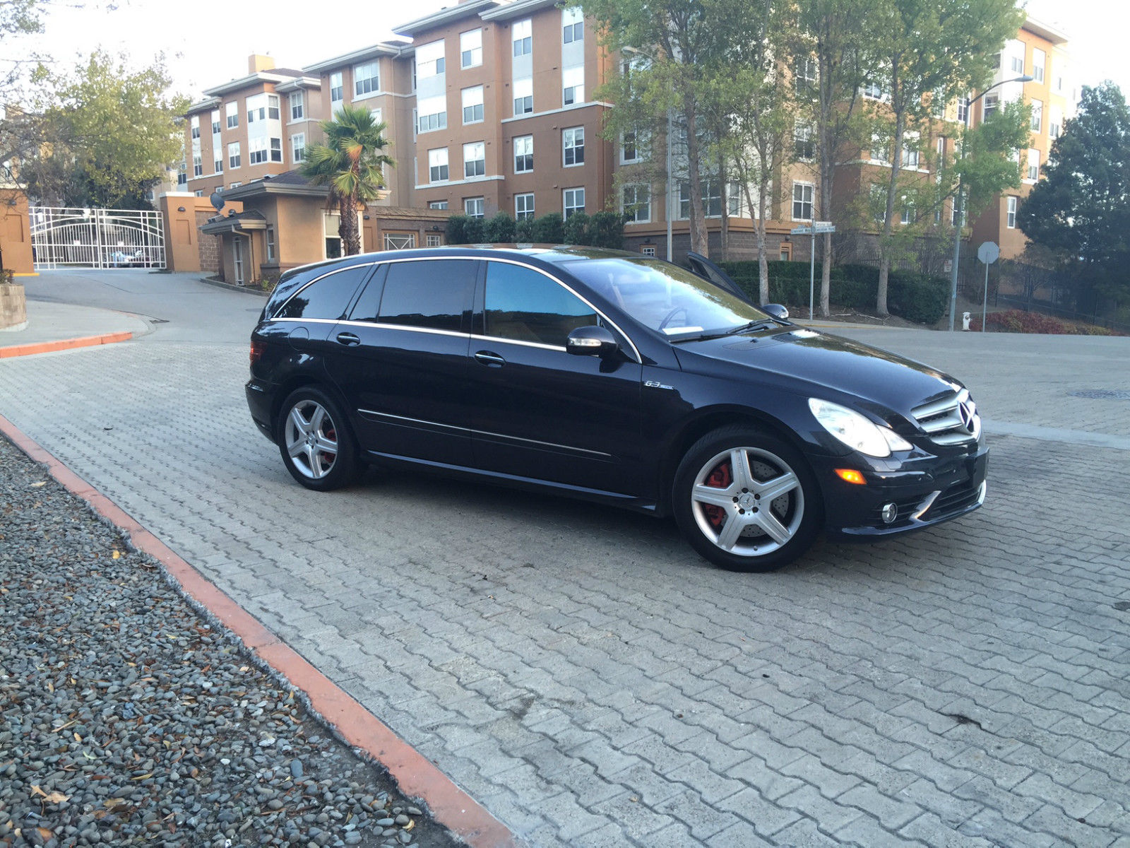 2007 mercedes-benz r63 amg – digestible collectible
