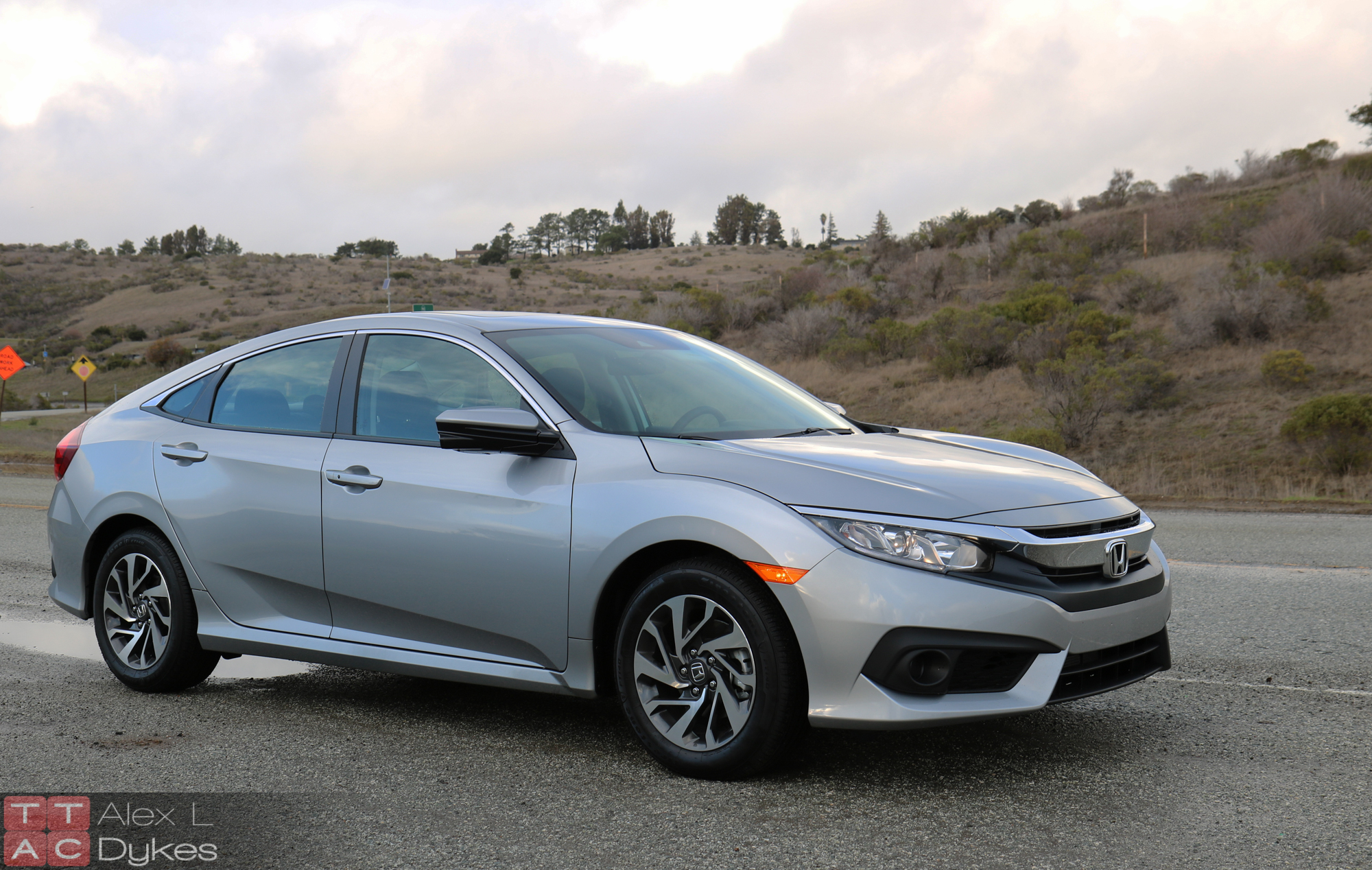 2016 honda civic ex review all in on active safety for Honda civic 2016 dimensions