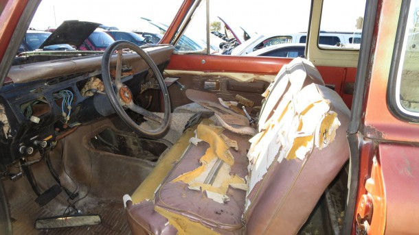 1979 International Harvester Scout in Colorado Junkyard, LH front seats - ©2016 Murilee Martin - The Truth About Cars
